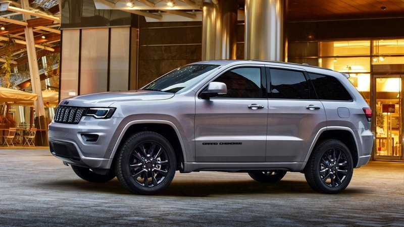 2017 Jeep Grand Cherokee Night Eagle