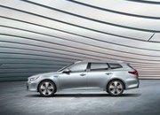 Kia Optima Sportswagon Plug-in Combines Cargo Space with Hybrid Engine - image 708744
