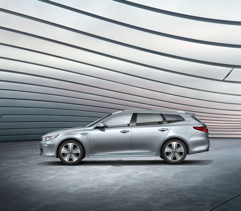 Kia Optima Sportswagon Plug-in Combines Cargo Space with Hybrid Engine High Resolution Exterior - image 708744