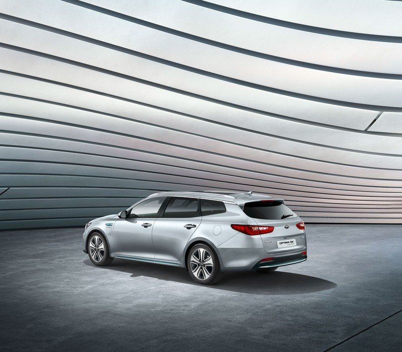 Kia Optima Sportswagon Plug-in Combines Cargo Space with Hybrid Engine High Resolution Exterior - image 708745