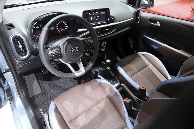 Kia Picanto Shows its New, Sporty Face in Geneva High Resolution Interior AutoShow - image 708893