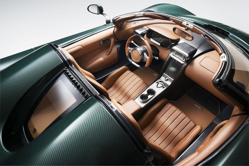 Koenigsegg Heads To Geneva With A Pair Of Regeras That'll Turn You Green With Envy And Red With Lust High Resolution Interior - image 707773