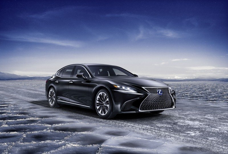 The 2018 Lexus LS 500h Is Further Proof That The Hybrids Are Taking Over High Resolution Exterior - image 708477