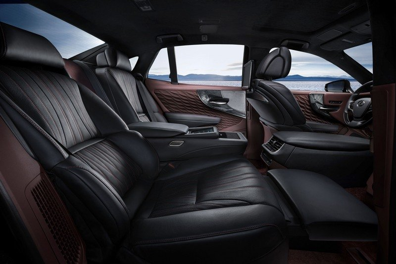The 2018 Lexus LS 500h Is Further Proof That The Hybrids Are Taking Over High Resolution Interior - image 708480