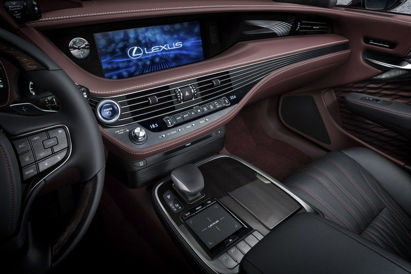 2018 Lexus LS 500h High Resolution Interior - image 708482