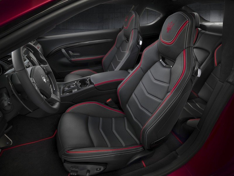 Maserati GranTurismo Clings to Life with New Sport Special Edition