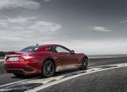 Maserati GranTurismo Clings to Life with New Sport Special Edition - image 709008