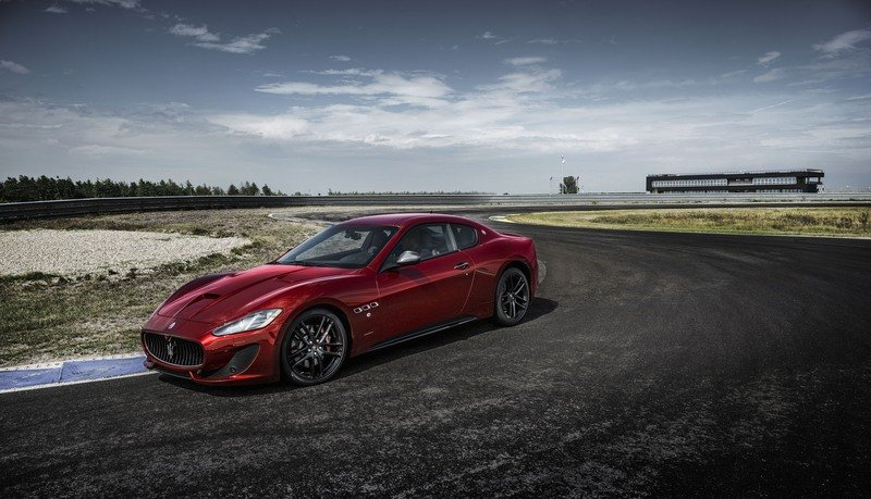 Maserati GranTurismo Clings to Life with New Sport Special Edition High Resolution Exterior - image 709009