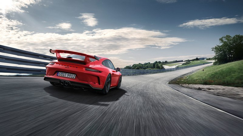 2018 Porsche 911 GT3 High Resolution Exterior - image 708345
