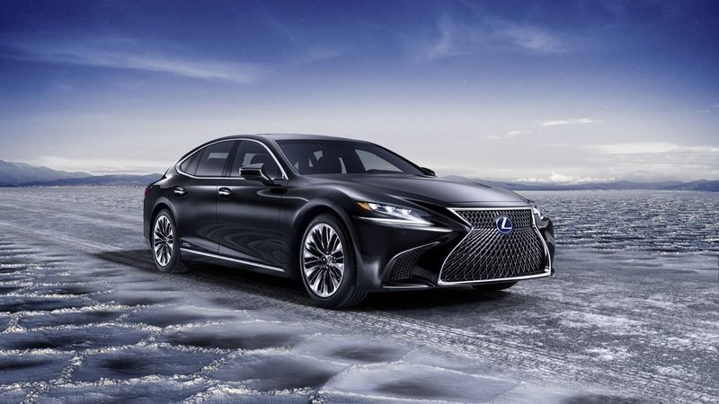 The 2018 Lexus LS 500h Is Further Proof That The Hybrids Are Taking Over High Resolution Exterior - image 708712