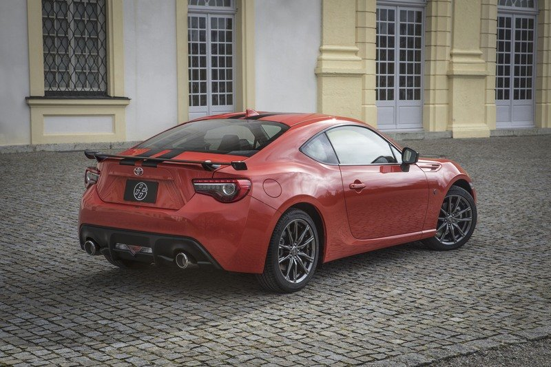 2017 Toyota 860 Special Edition High Resolution Exterior - image 709979