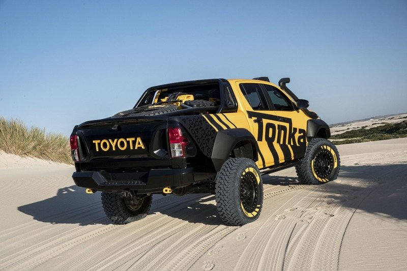 2017 Toyota Hilux Tonka Concept High Resolution Exterior - image 711644