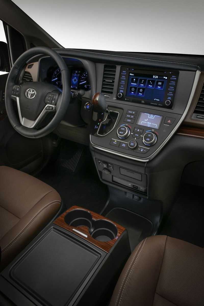 2018 Toyota Sienna High Resolution Interior - image 711004