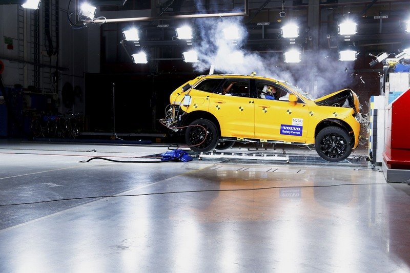 Watch the 2018 Volvo XC60 get Demolished for Safety's Sake