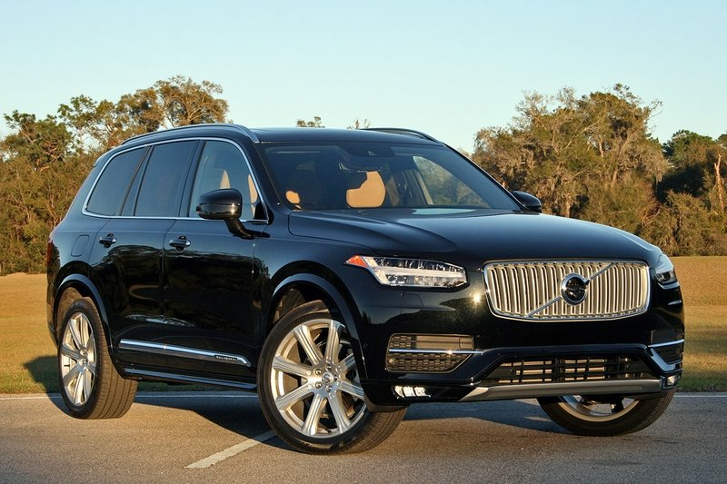 2017 Volvo XC90 T6 AWD Inscription – Driven High Resolution Exterior - image 707271
