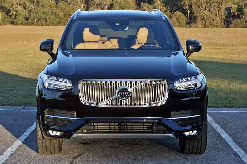 2017 Volvo XC90 T6 AWD Inscription – Driven High Resolution Exterior - image 707272