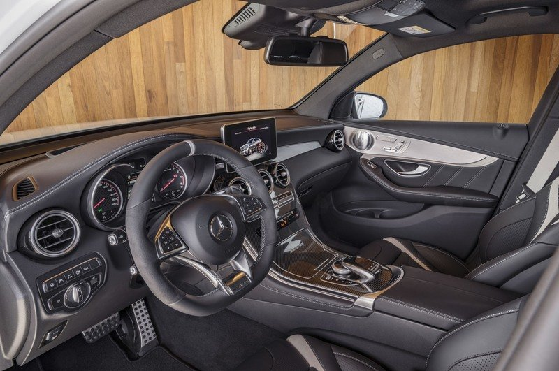 2018 Mercedes-AMG GLC63 Coupe High Resolution Interior - image 712145