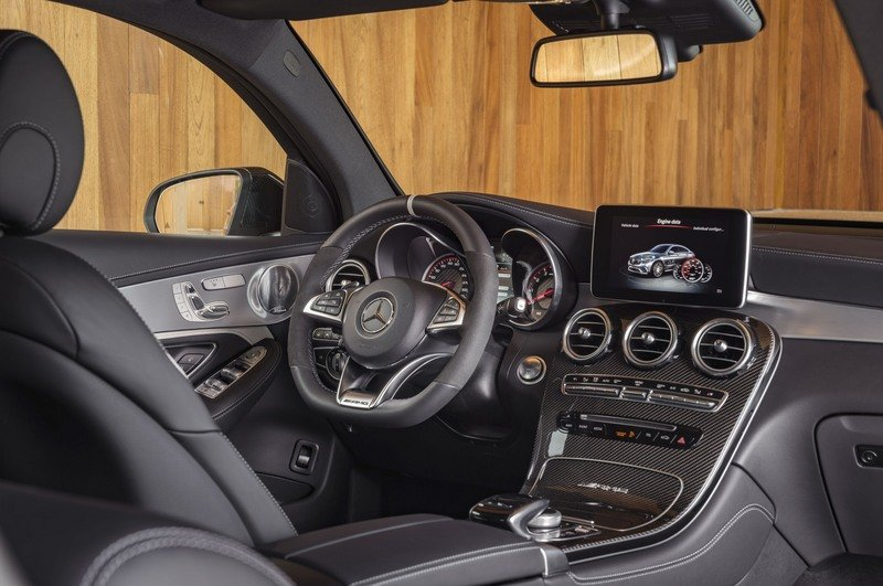 2018 Mercedes-AMG GLC63 Coupe High Resolution Interior - image 712146