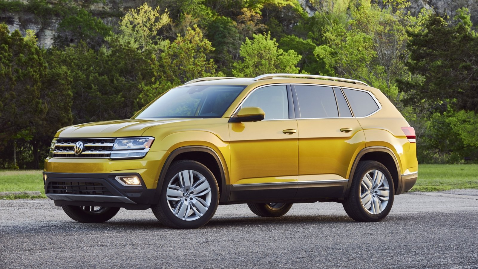 2018 volkswagen atlas review top speed. Black Bedroom Furniture Sets. Home Design Ideas