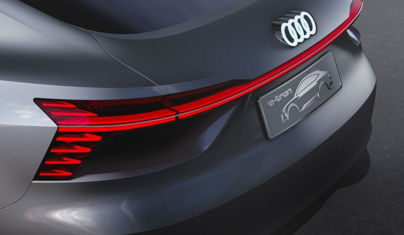 LEDs Dominate The Conversation On The Audi E-Tron Sportback Concept Exterior Computer Renderings and Photoshop - image 714008