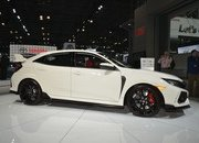 Honda Civic Type R Puts On White Suit, Comes to America - image 713401