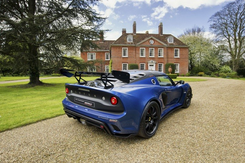 Get Your Simplified Lightness On With The Lotus Exige Cup 380