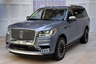 The New Lincoln Navigator is Here, and You're Going to Want One - image 712920