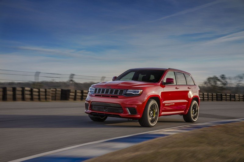 The Jeep Grand Cherokee Trackhawk Is Big And Dumb And Pointless And I Really Want To Drive It High Resolution Exterior - image 713077