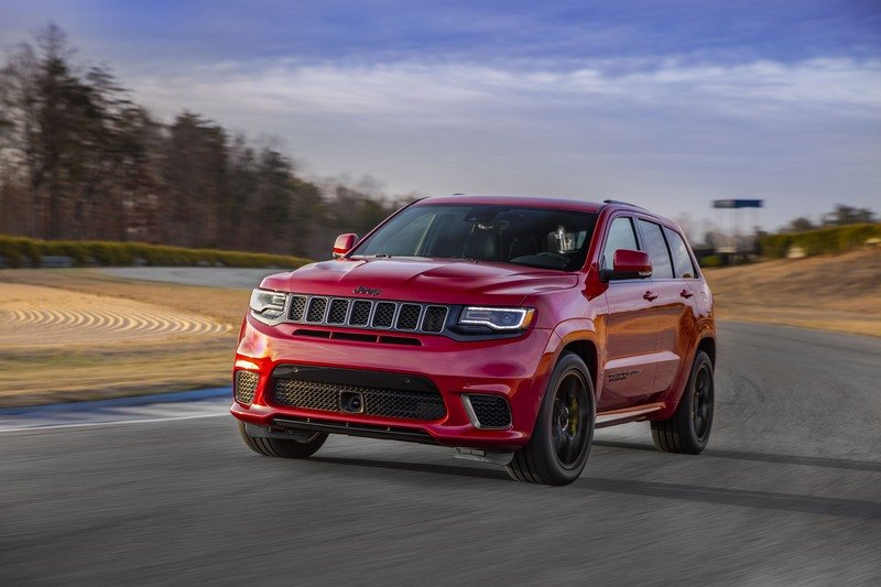 The Jeep Grand Cherokee Trackhawk Is Big And Dumb And Pointless And I Really Want To Drive It High Resolution Exterior - image 713078