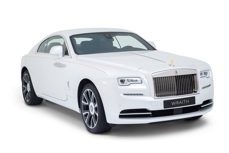 2017 Rolls-Royce Wraith Inspired by Falconry