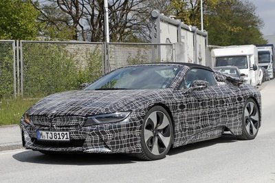 2019 BMW i8 Roadster - image 716249