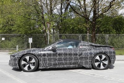 2019 BMW i8 Roadster - image 716252