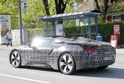 2019 BMW i8 Roadster - image 716246