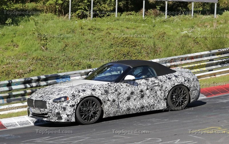 Magna Steyr Will, In Fact, Build the 2020 BMW Z4 Exterior Spyshots - image 717847