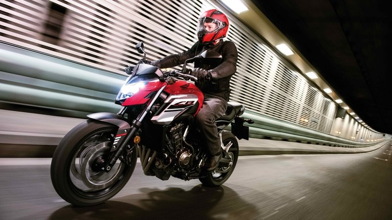 2018 Honda CB650F: How Does It Stack Up With The FZ-07 And SV650? - image 716613