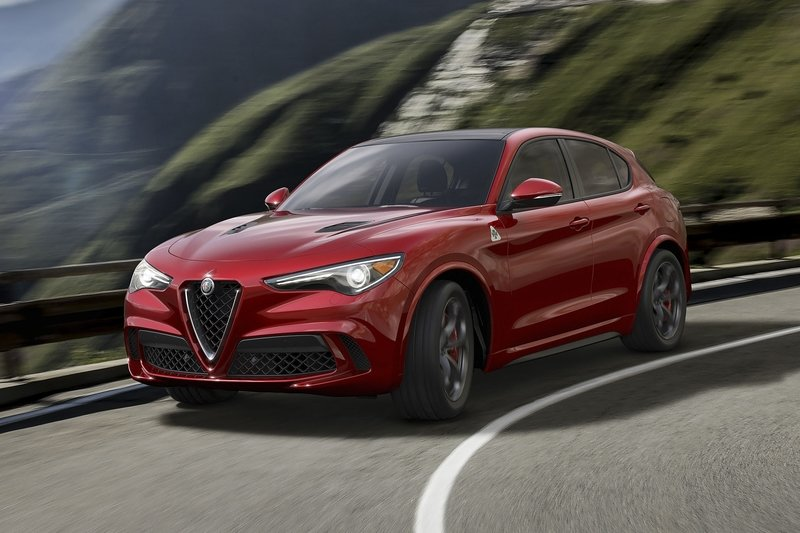 2017 Alfa Romeo Stelvio Exterior High Resolution - image 716831