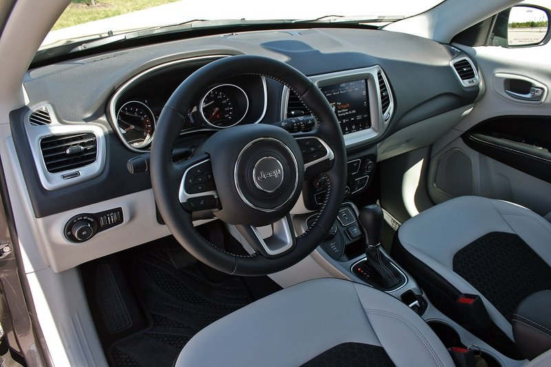 First Drive: 2017 Jeep Compass High Resolution Interior - image 716446