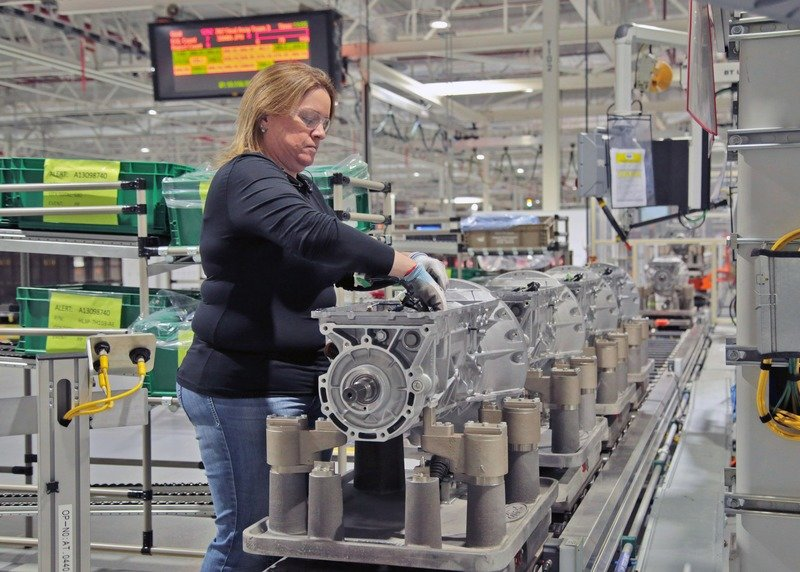 Ford Announces Plans To 'Create Or Protect' 800 Jobs With Transmission Plant Investment - image 717497