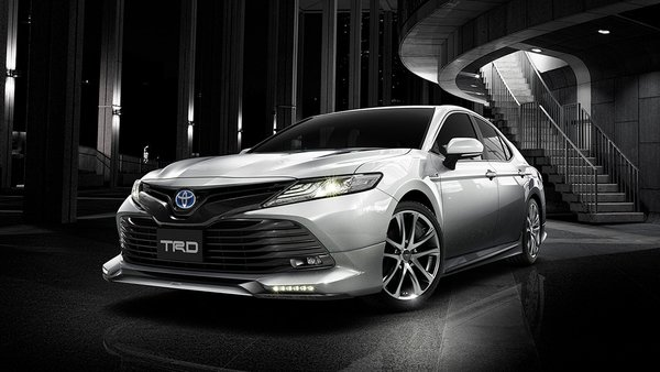 Japan Gets a Cooler Version of the Camry, and it's Even Offered in TRD Form