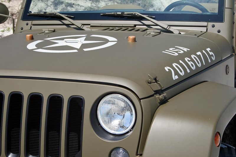 Quick Drive: Jeep 75th Salute Concept Exterior High Resolution - image 715054