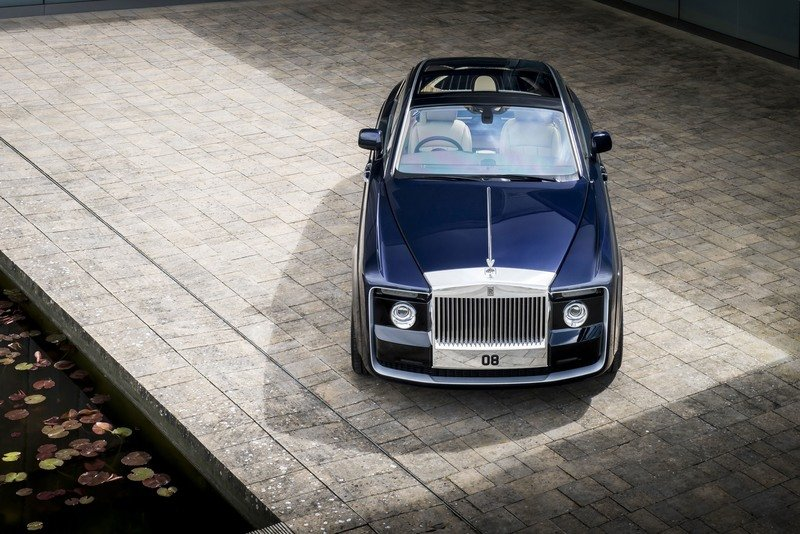 Rolls-Royce Just Presented A One-Off Phantom That Comes With An Eye-Popping Price Tag