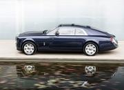 Rolls-Royce Just Presented A One-Off Phantom That Comes With An Eye-Popping Price Tag - image 718219