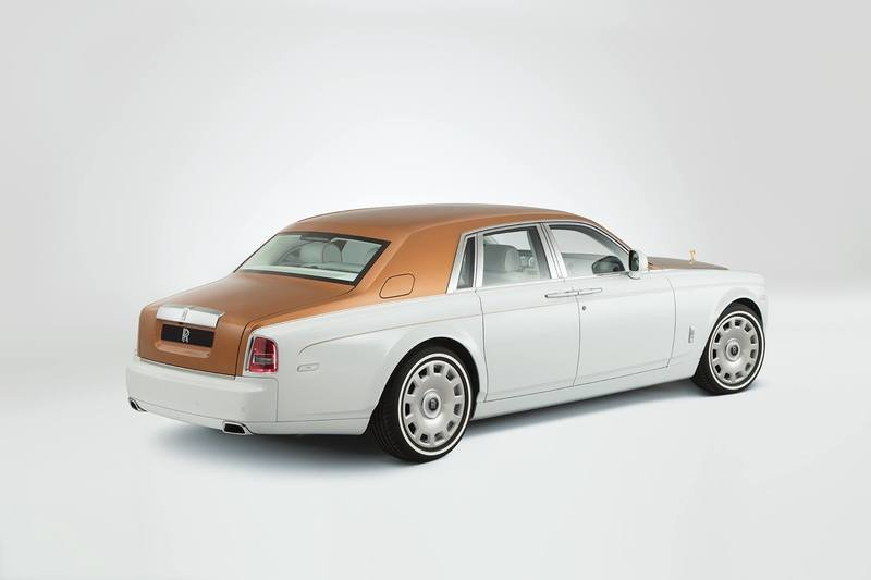 2017 Rolls-Royce Phantom Inspired By Sheikh Zayed Grand Mosque