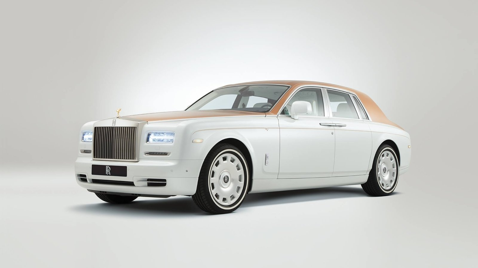 2017 rolls royce phantom inspired by sheikh zayed grand mosque review top speed. Black Bedroom Furniture Sets. Home Design Ideas