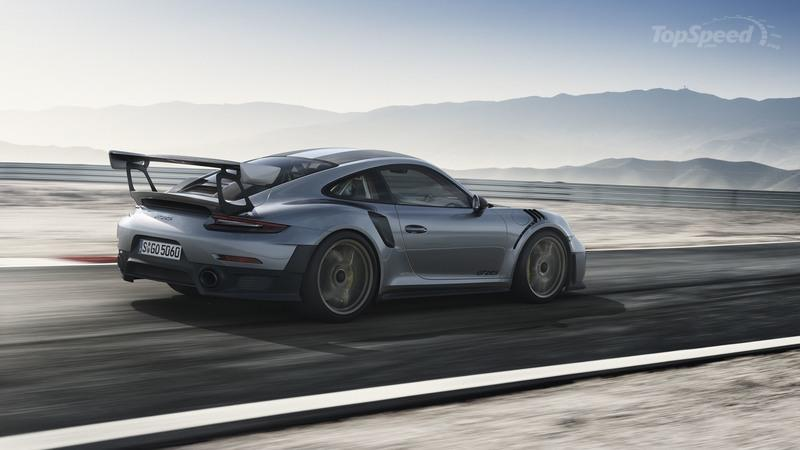 Your Must-Have Porsche 911 GT2 RS Wallpapers