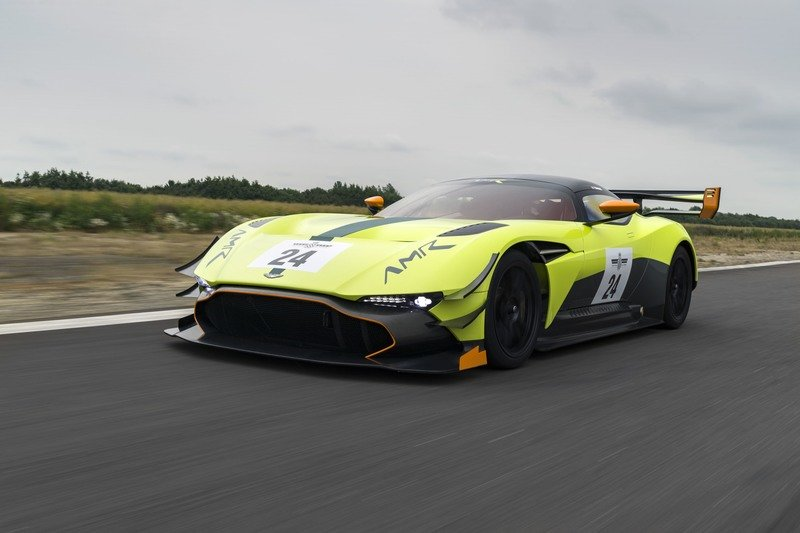 2018 Aston Martin Vulcan AMR Pro High Resolution Exterior Wallpaper quality - image 721703