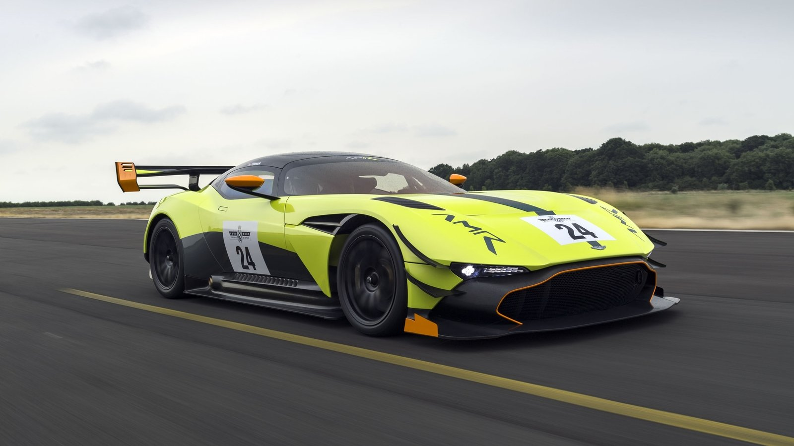 2018 aston martin vulcan amr pro top speed. Black Bedroom Furniture Sets. Home Design Ideas