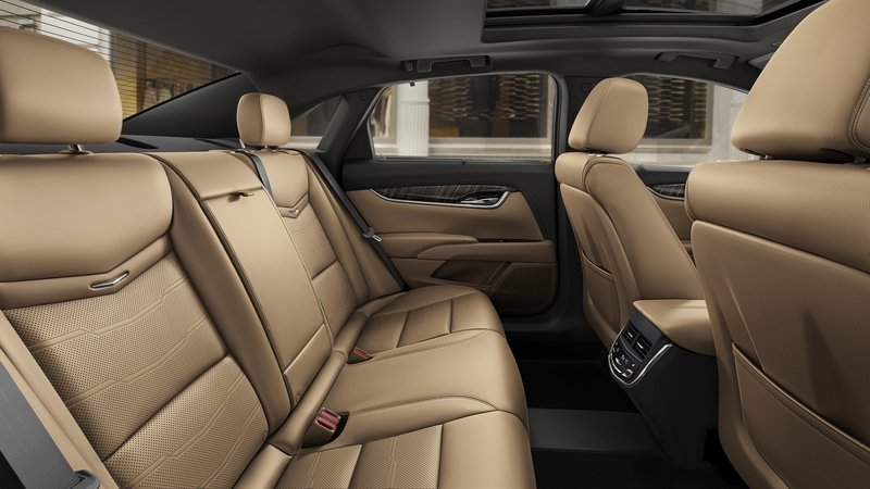 2018 Cadillac XTS Interior High Resolution - image 720836