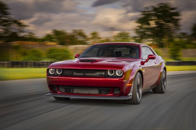 2018 Dodge Challenger SRT Hellcat Wide-Body High Resolution Exterior - image 721529