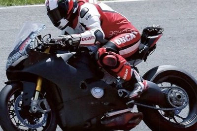 Ducati's new V-4 Superbike gets snapped testing.